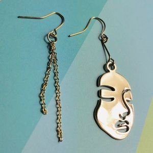 New! Human Face Asymmetrical Drop Earrings Gold